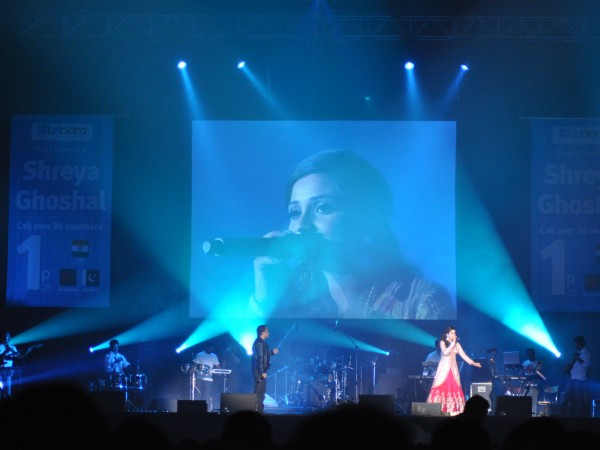 Shreya Ghoshal LIVE @ Wembley Arena – April 2011