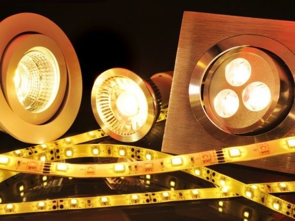 How Different Lighting Can Change the Atmosphere of Your Event